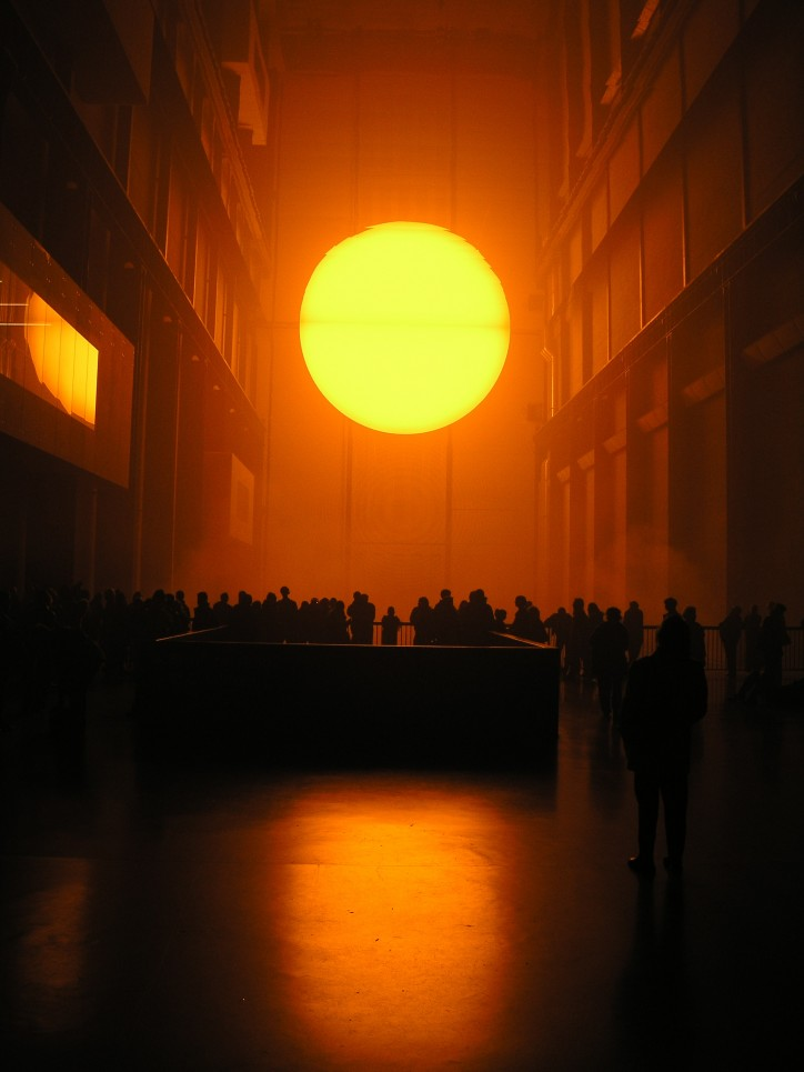 Olafur Eliasson, The Weather Project, 2003 r. / fot. Nathan Williams