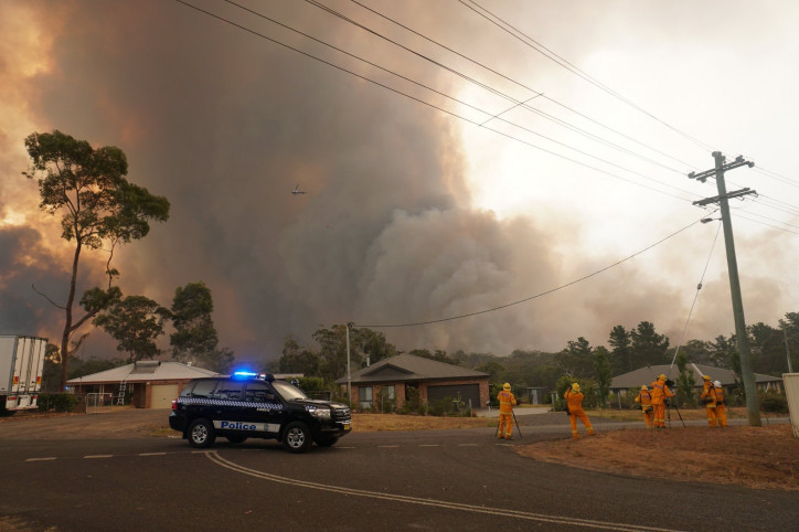Bushfires in Yanderra, Australia, December 2019. Photo by: Helitak430 (CC BY-SA 4.0)